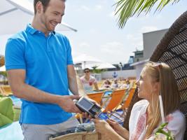 Kartenzahlung mit Visa- im Urlaub