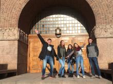 Elever från Carlforsska tävlar i History Bee and Bowl