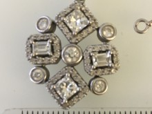 Appeal after theft of jewellery in Hammersmith