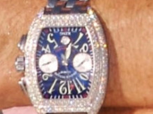 Appeal after man has watch stolen at gun point in Croydon