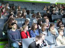 Schnuppervorlesungen, Workshops und Schülerlabore am Zukunftstag für Mädchen und Jungen