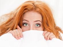 Sluta gömma er under sängen, debattörer!