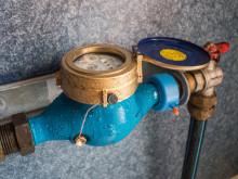 Nu börjar NSVA sätta upp vattenmätare hos företag i Båstads kommun