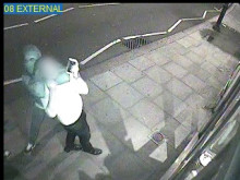 CCTV released in appeal over Hampstead robbery