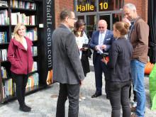"""Ludwig-Witthöft-Platz auf dem Campus der TH Wildau wird vom 3. bis 5. Mai 2016 wieder zum öffentlichen """"Lesewohnzimmer"""""""
