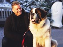 Maxim debuterar som Båtsman i Astrid Lindgrens folkkära Vi på Saltkråkan på Lisebergsteatern.