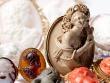 Ur smyckesamlarens skrin  – Pressvisning 18/9 i Hallwylska museet