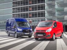 Edistyksellinen uusi Ford EcoBlue -moottori tuo lisää suorituskykyä uuteen Ford Transitiin ja Transit Customiin ja pienentää polttoainekustannuksia
