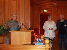 Birgitta Wistrands pris för jämställt ledar- & mentorskap tilldelas Lars Jalmert och Birgitta Ed