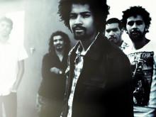 Storsvingende algerisk musikkollektiv gæster Lille VEGA