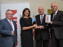 Staatsministerin Ilse Aigner zu Gast bei der  ZÜBLIN-Direktion Bayern in München