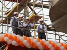 FREO und RFR feiern Richtfest für die EAST SIDE MALL an der Berliner Mercedes-Benz Arena