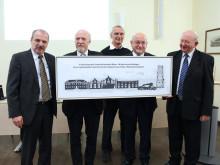 """TH Wildau und Alt-Buda Universität Budapest haben Kooperationsbeziehungen erneuert / TH-Präsident Prof. Ungvári zum """"Akademischen Ehrenbürger"""" ernannt"""