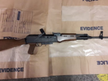 Assault rifle seized following vehicle stop in Peckham