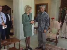 Nytt på YouTube: En av få svenska intervjuer med Nelson Mandela