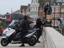 Putney Bridge moped 2 - 22 March 2018