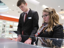 Vision Express celebrates first wave of graduates from its unique training scheme, as UK welcomes National Apprenticeship Week 2015