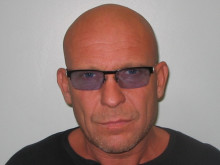 Holiday fraudster jailed