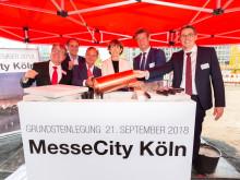 Grundsteinlegung für Hotelgebäude in der MesseCity Köln