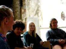 Laura Hagemann vom Theaterkollektiv Berlocken beim Auftakttreffen von #nofear in Bochum. Foto: Ruhrtriennale