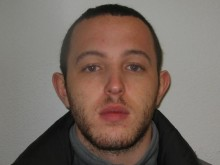 Man jailed for possession of a firearm, Poplar