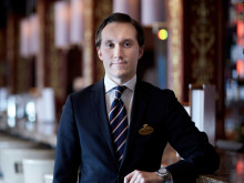 Fredrik Lindfors successfully defends national sommelier title