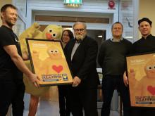 Kycklingpaella och oväntat besök: Kalmar kommun hyllades på Oxhagshemmet