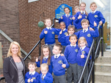 Milnrow Parish Pupils with Headteacher
