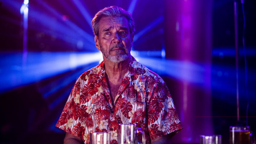 Kjell Bergqvist som Bäckström