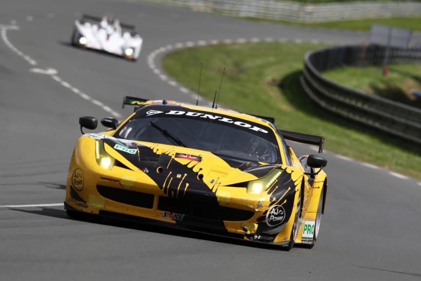 Winner Design Dunlop Art Car 2012