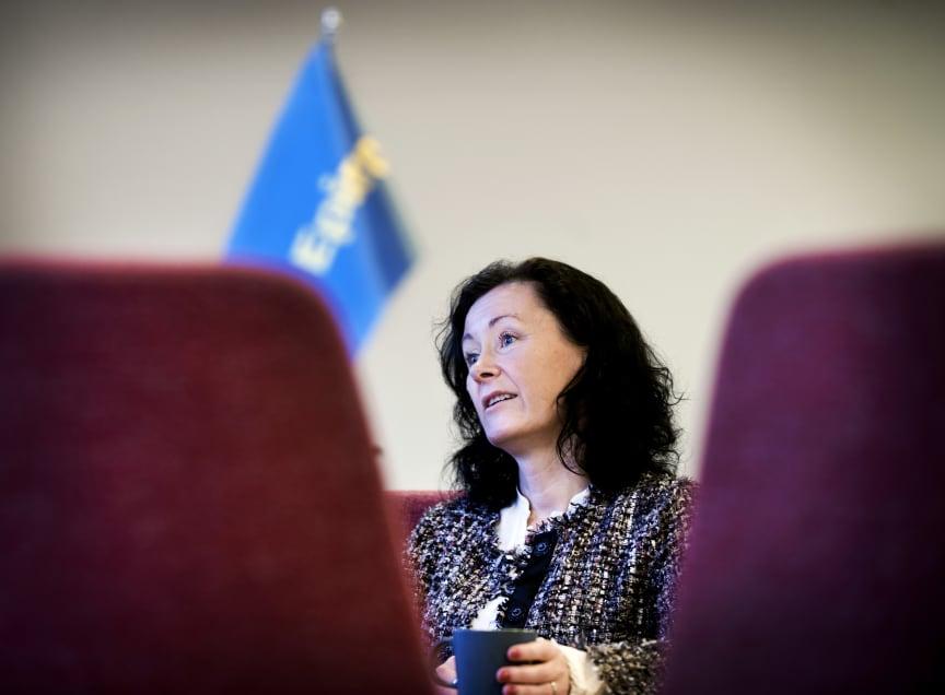 Epirocs vd och koncernchef Helena Hedblom i styrelserummet i Sickla