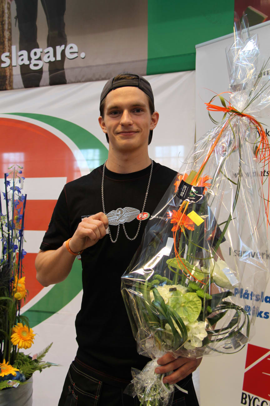 Jakob Jansson från Växjö - Silvermedaljör i SM för unga plåtslagare 2013.