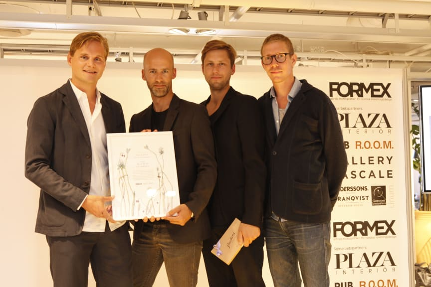 Mattias Stenberg receives the Nova design award