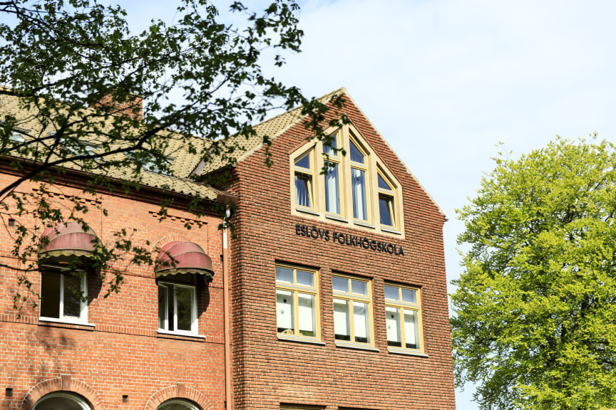 Fasaden_Eslövsfolkhögskola