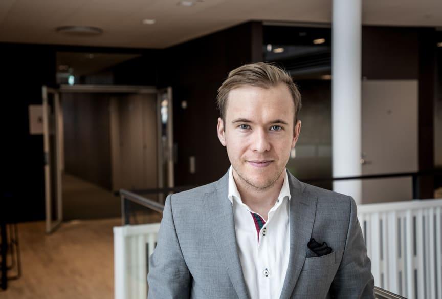 Niclas Bergervik, tf. Presschef Telenor