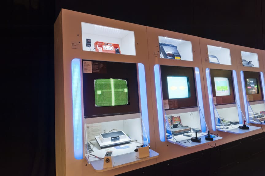 Game On 2.0, Ontario Science Centre, Canada. Photo by Philip Castleton.