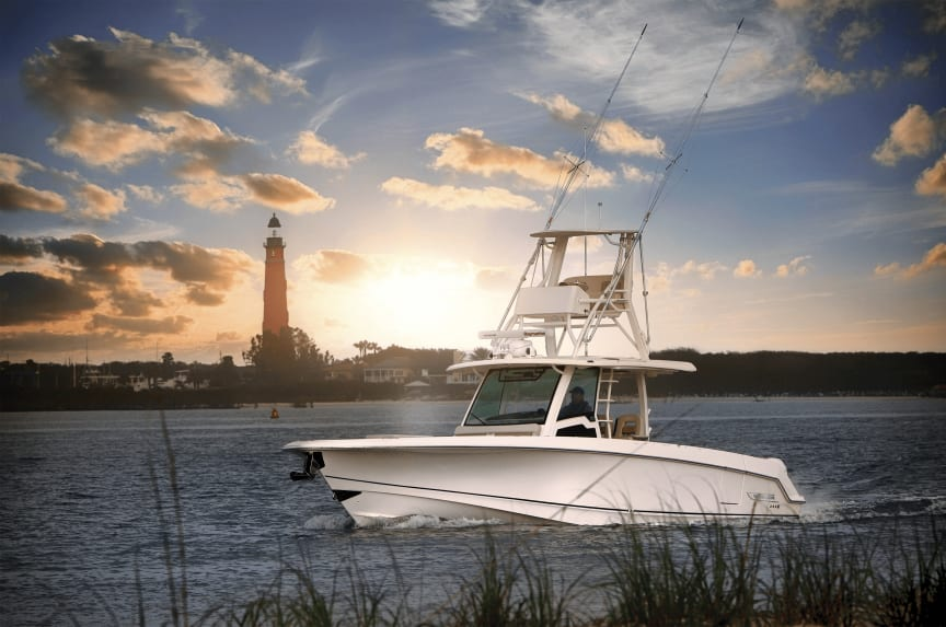 High res image - Raymarine - Boston Whaler 380 Outrage