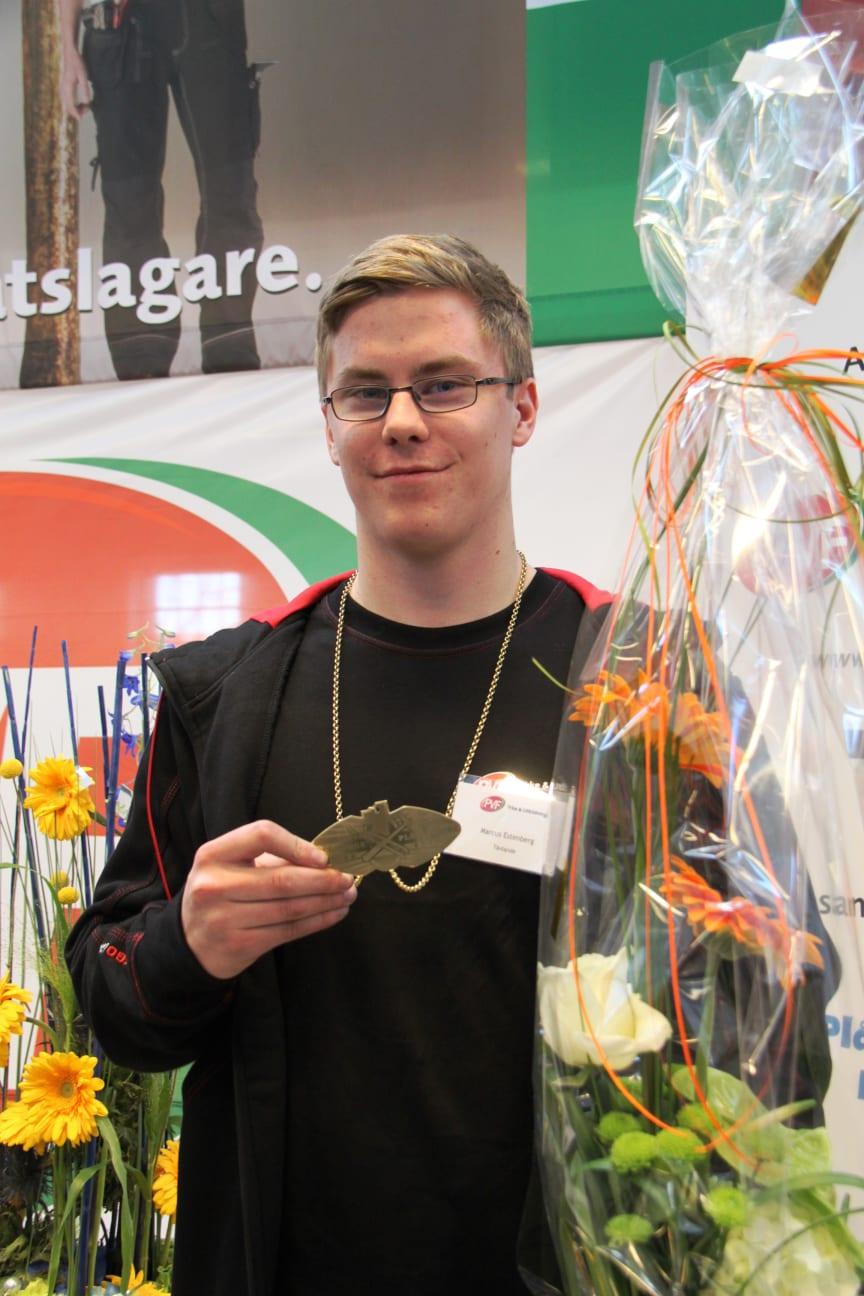 "Marcus Estenberg från Falun tog SM-GULD i plåtslageri - ""SM för unga plåtslagare 2013""."