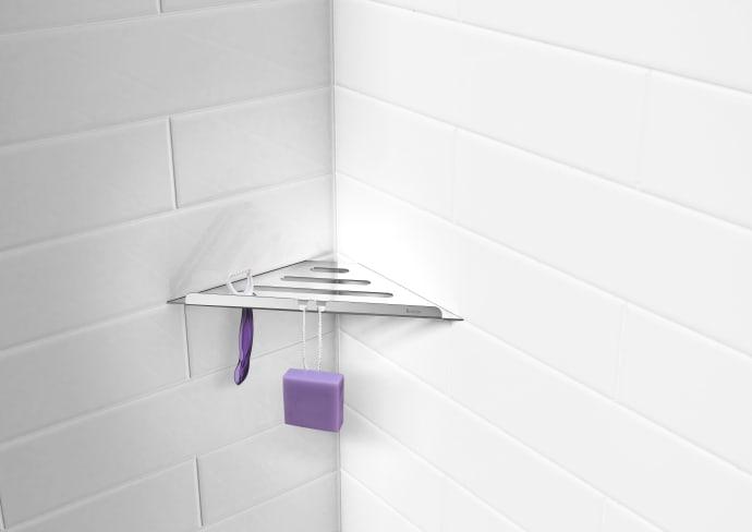Lös förvaringen i duschen - Smedbo lanserar hörnhylla för ...