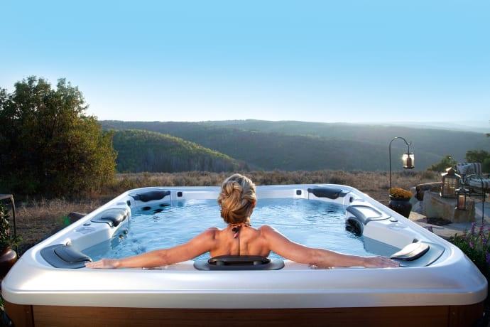 Gute Gründe für einen Outdoor-Whirlpool – Wellness, Spaß und ...