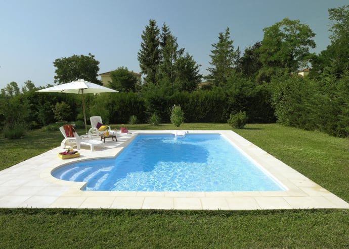 Swimmingpool Garten - Desjoyaux Pools GmbH