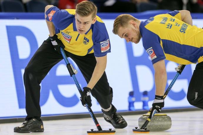 Curling Vm Blandad Kompott For Lag Edin I Nattens Vm Matcher
