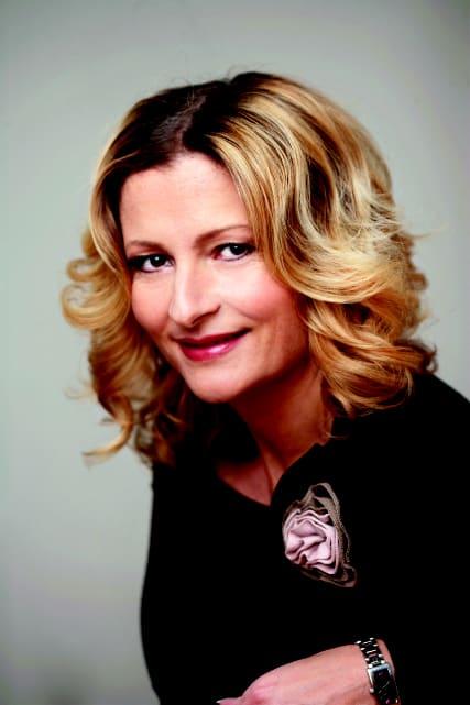 Katerina Janouch ger ut bok om sex i den populära Vad är-serien ... b4ad5f5364257