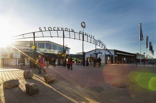 ec1862bf217 På Stockholm Quality Outlet i Barkarby ser man tvärtemot ljust på  framtiden. Under 2012 slog köpcentrumet omsättningsrekord med en ökning på  hela 8% jämfört ...