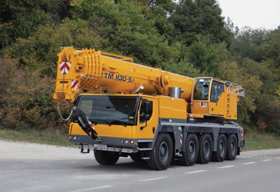 Improved safety for Mobile Cranes by Variable Supporting