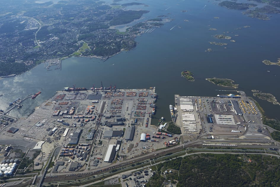 Intermodal terminal moves to the port of Gothenburg - Port