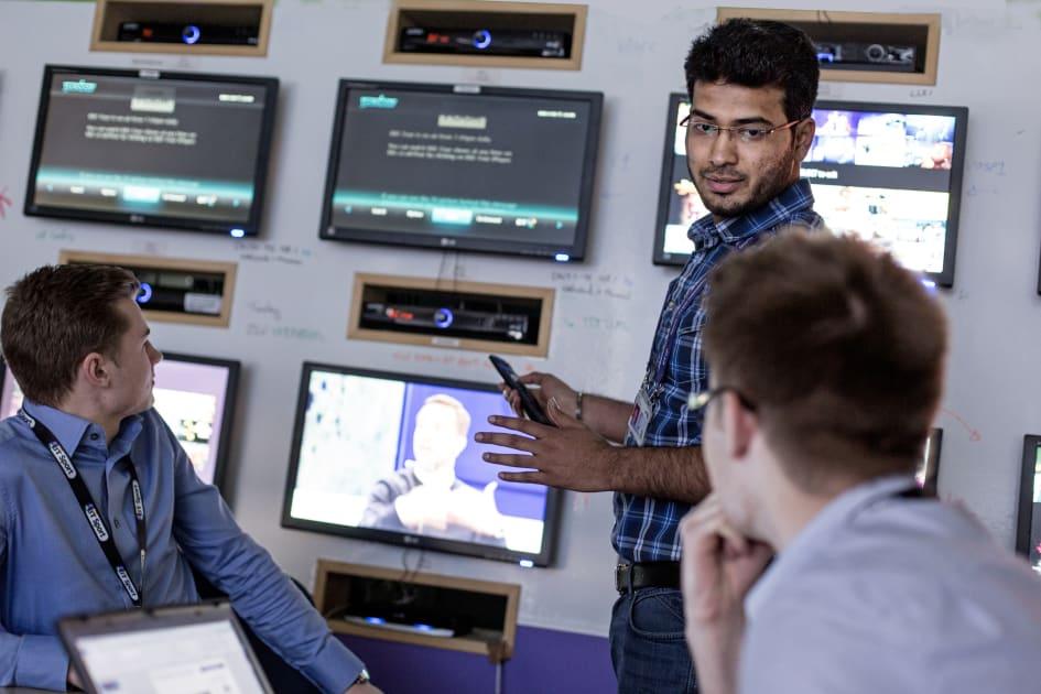Bt creates 1,000 new uk apprenticeships and graduate jobs.