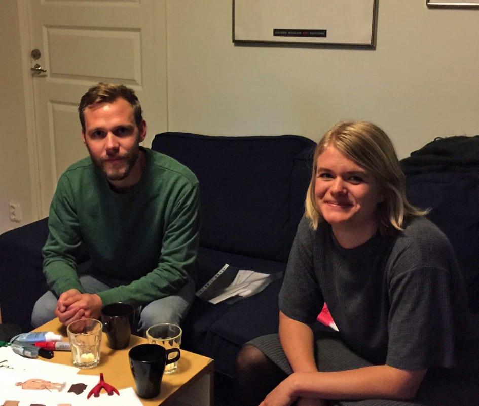 Flyktingar diskuterar sexuellt vald och granssattning