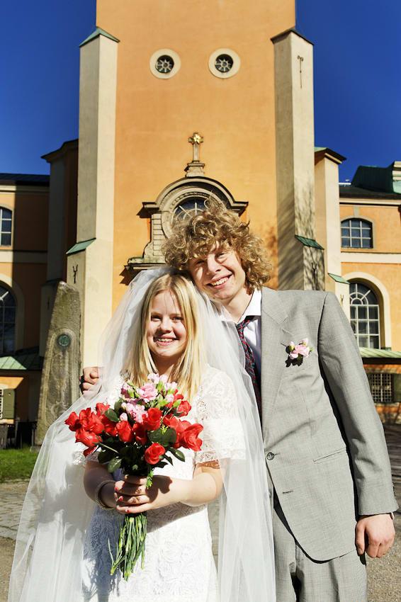 e55948b6e903 Deras familjer har förhandlat klart och kommit fram till ett passande pris  för Emma. Bloggaren Ludvig följer brudparet i förberedelserna inför  bröllopet och ...