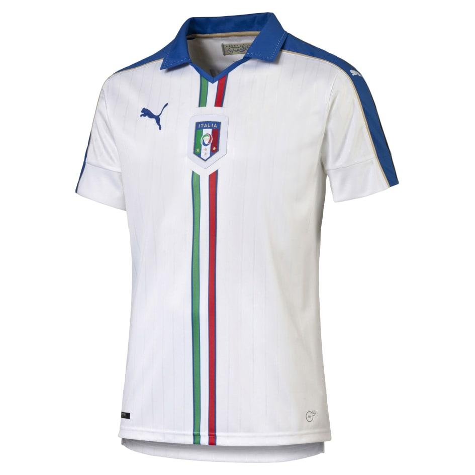 FIGC   PUMA PRESENT THE NEW ITALY AWAY KIT - Puma Denmark A S ca5ab9ae5